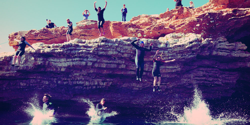 CLIFF DIVING BY ROCKID