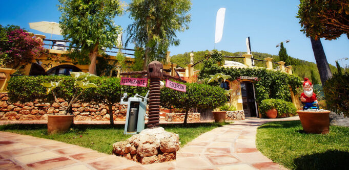 Pikes Ibiza Entrance